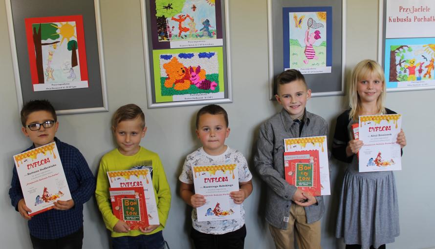 pięciu laureatów konkursu
