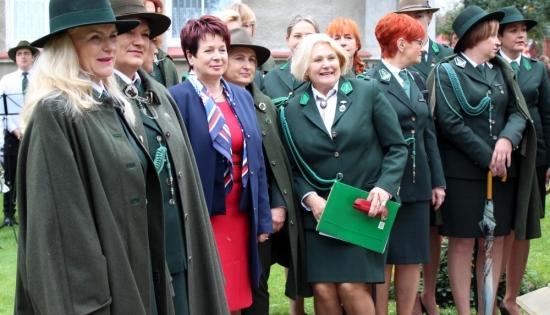 zdjęcie członkiń Polskich Dian oraz burmistrz Wschowy