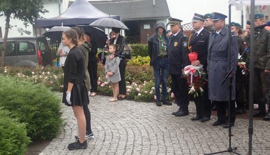 składanie kwiatów 78 rocznica wybuchu II wojny światowej