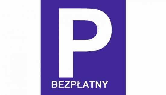 znak bezplatnego parkingu