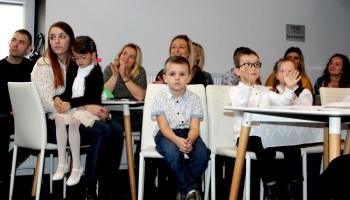 dzieci ze specjanego przedszkola
