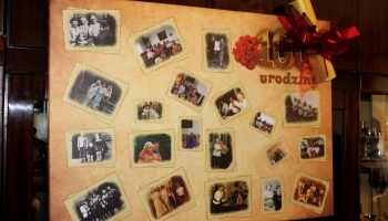 tablica ze zdjęciami