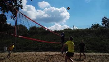 rozgrywki w siatkówkę plażową