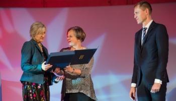 wręczenie nagrody Marcie Małkus