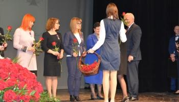 wręczenie nagród nauczycielom