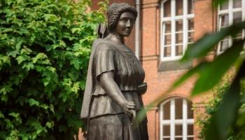 zdjęcie pomnika Diany
