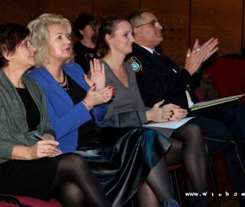 zdjęcie komisji oceniającej
